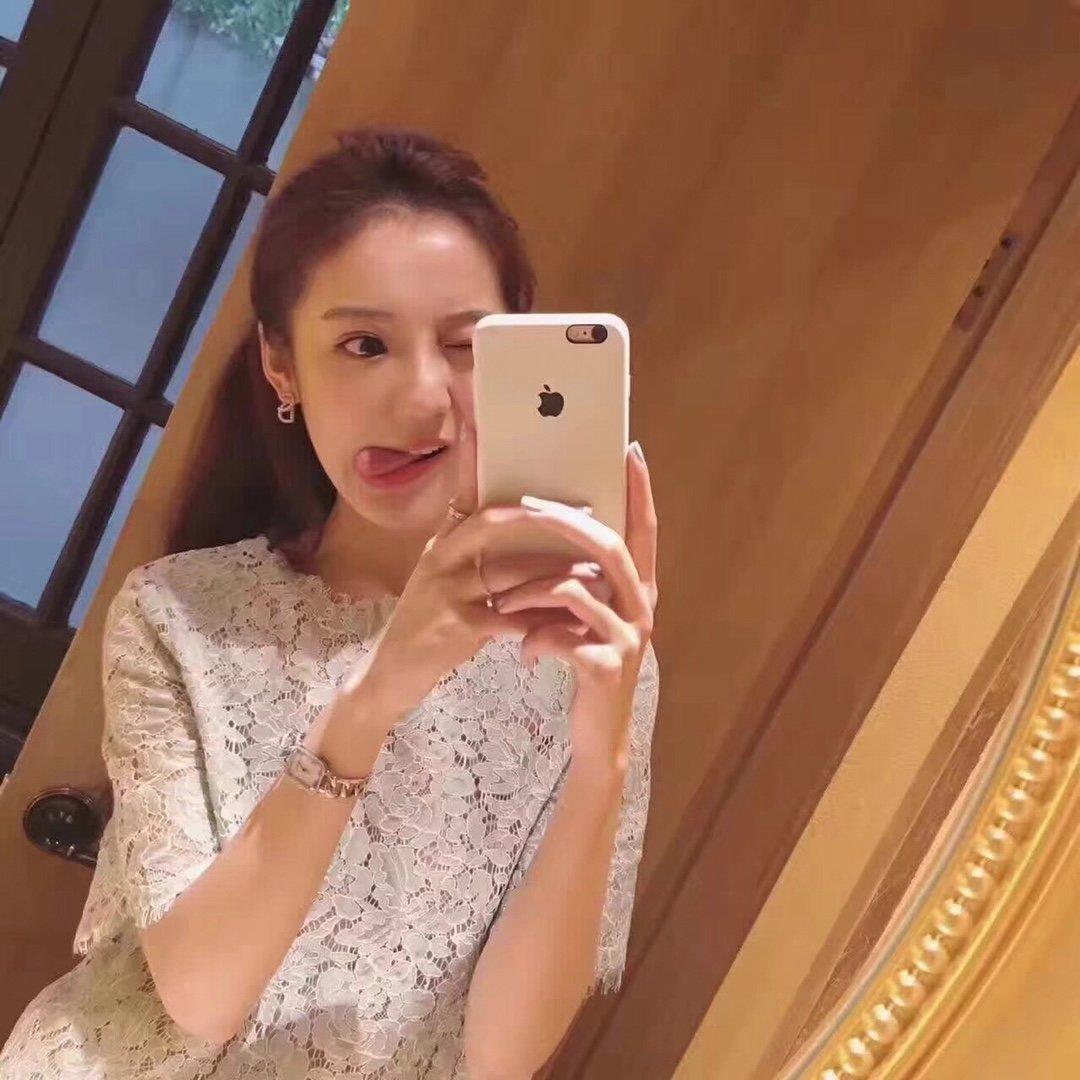 夏夏同款Dior经典CD耳钉925纯