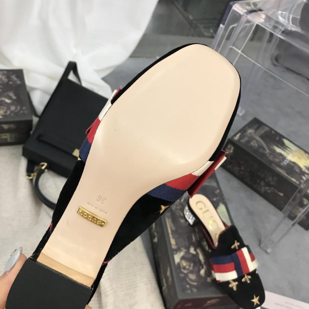 Gucci 2018春款Sylvi系列天鹅绒钻跟拖鞋