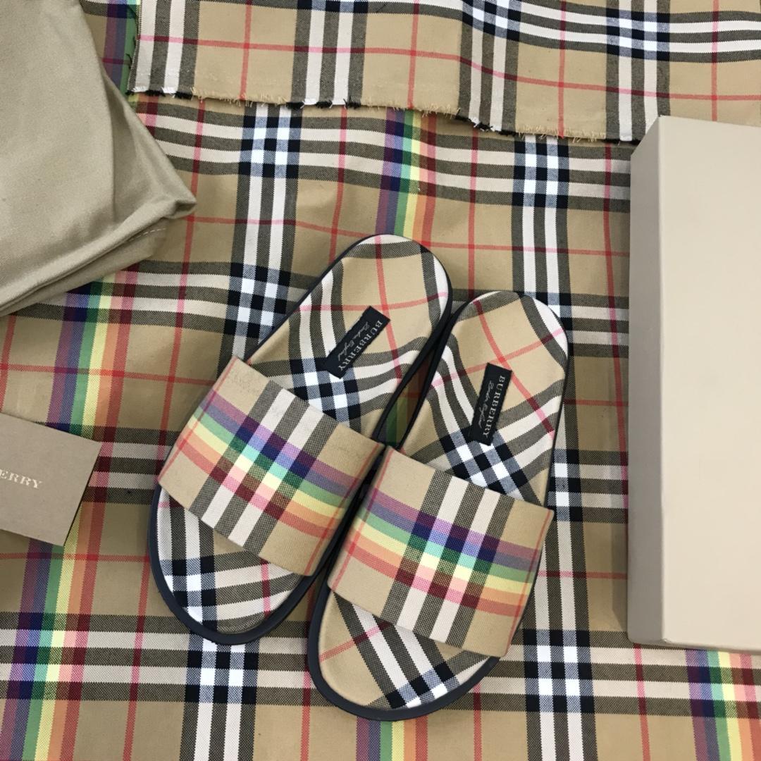 Burberry 巴宝莉2018霓虹Vintage格纹霓彩虹拖鞋