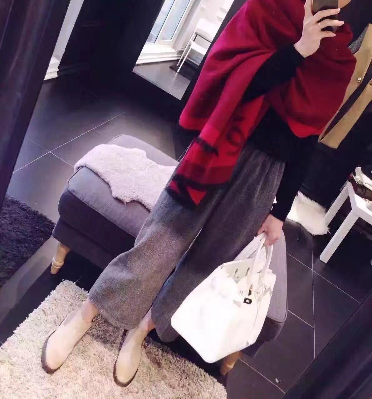 香奈儿冬季新款围巾羊绒混纺质地柔和保