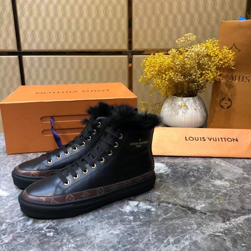 LV新款限量款高帮女运动靴!.面料进