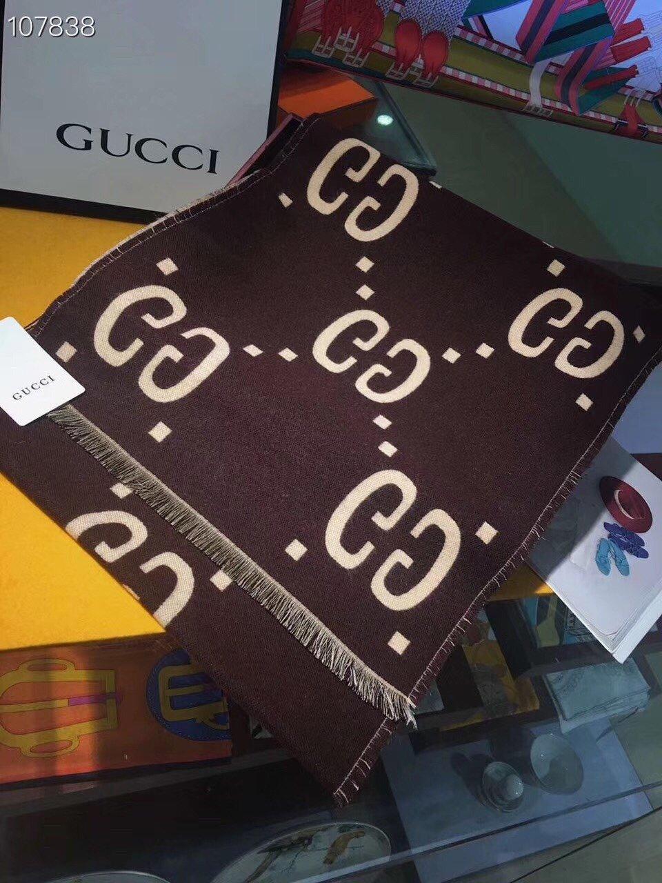 双面GG羊绒披肩Gucci最新专柜同