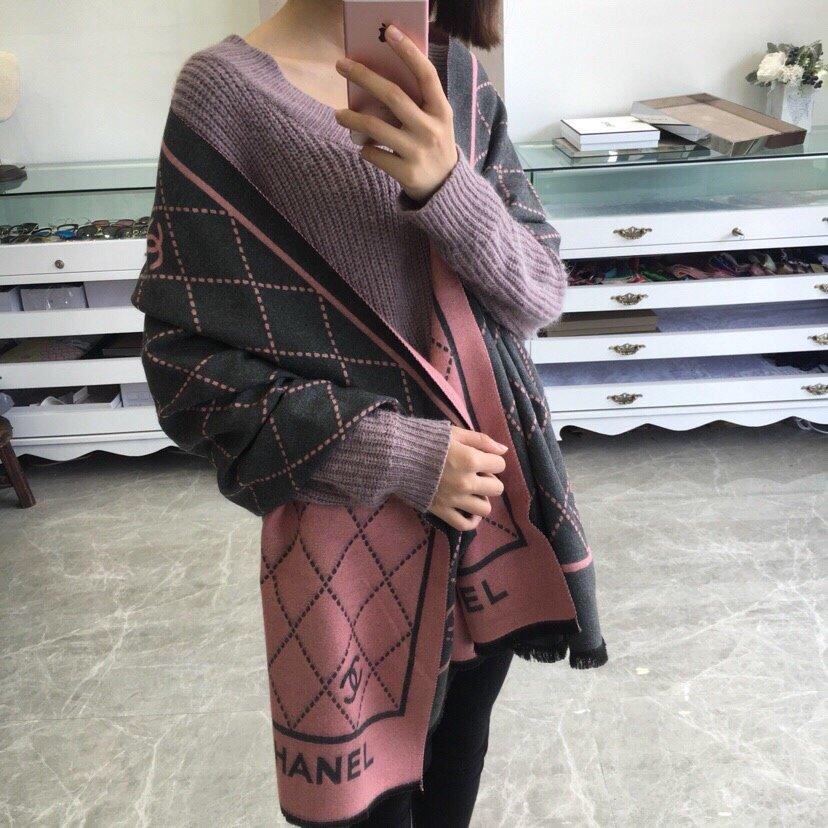 香奈儿专柜同步新款!双面羊绒长巾时尚