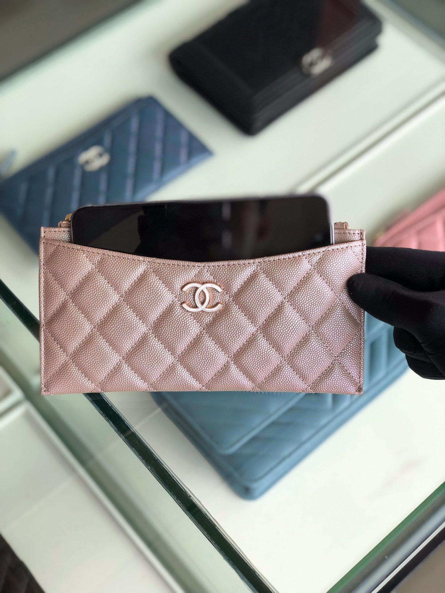 Chanel 2019最新款幻彩颗粒压花牛皮革零钱包卡包钥匙包(图4)