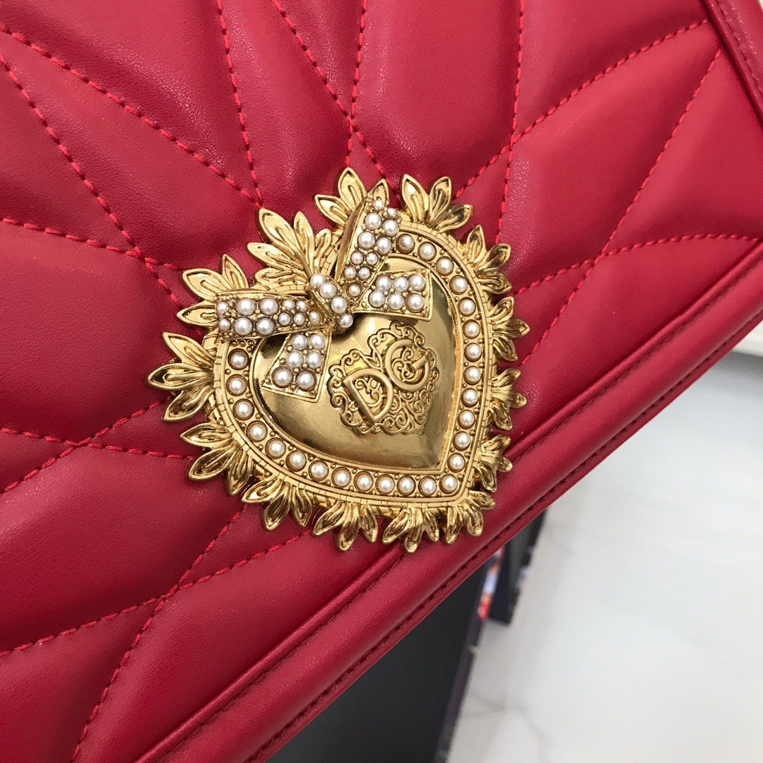 Dolce&Gabbana杜嘉班纳西