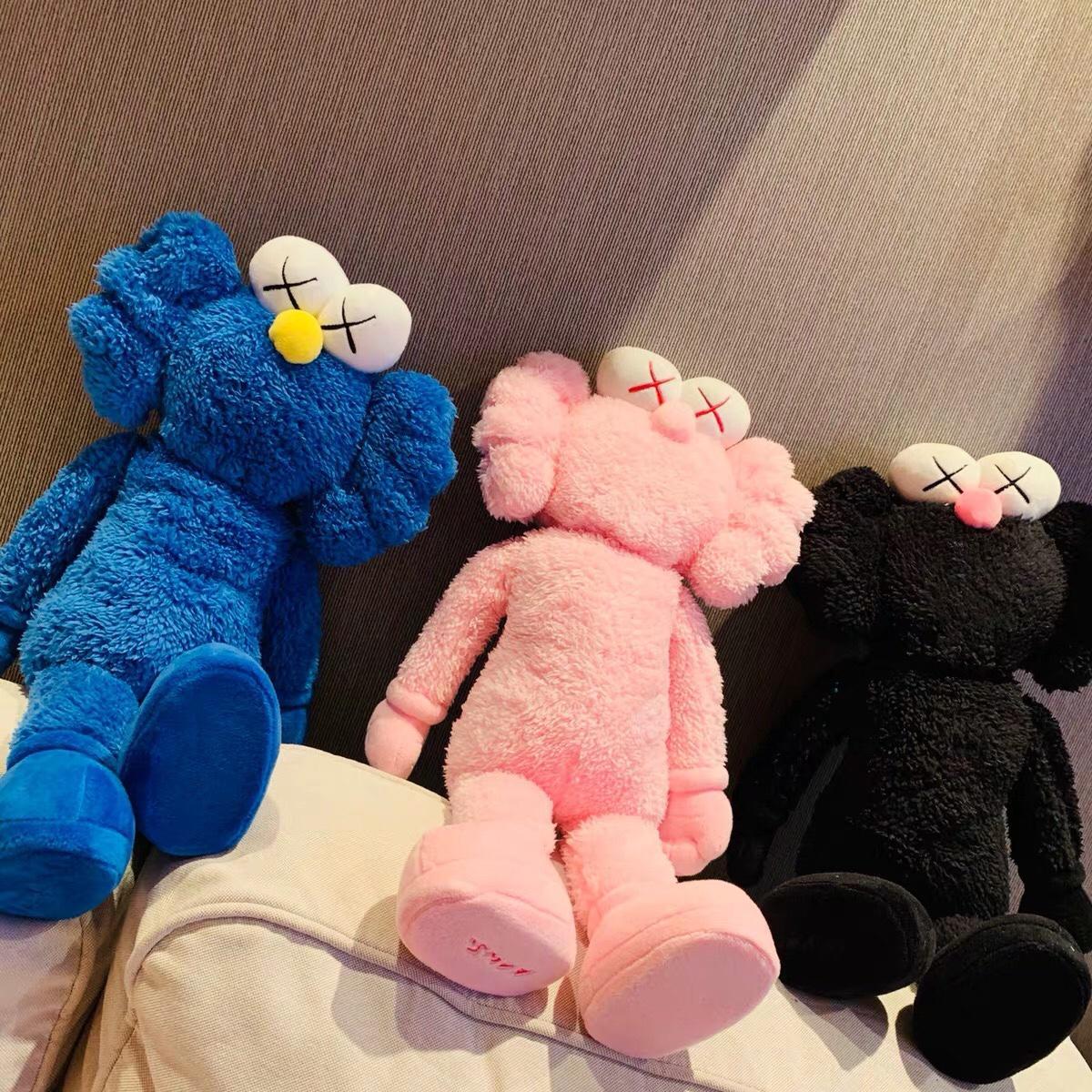 ??40!尺寸:高50、宽24 颜色:粉红色 黑色 蓝色 KAWS芝麻街玩偶