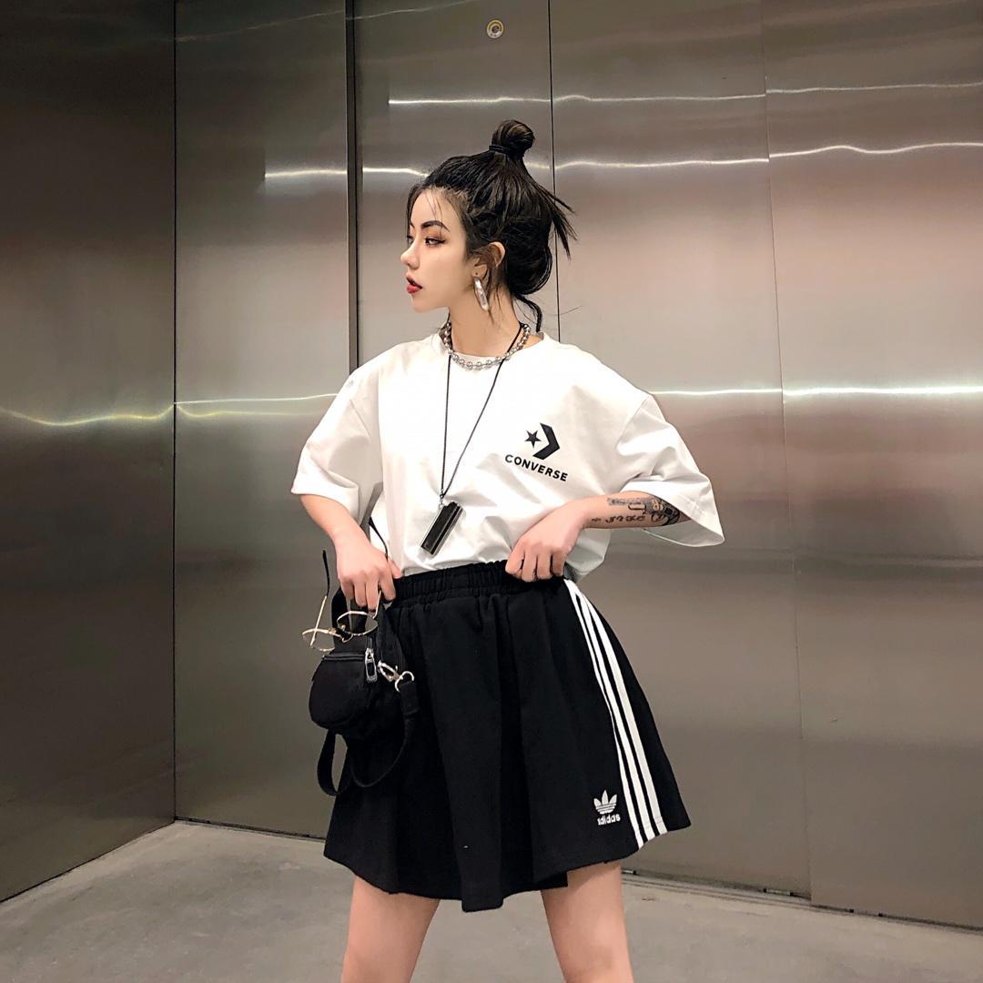 ??45 三叶草高腰短裙半身裙A字显瘦版型百褶复古运动风 俏皮减龄