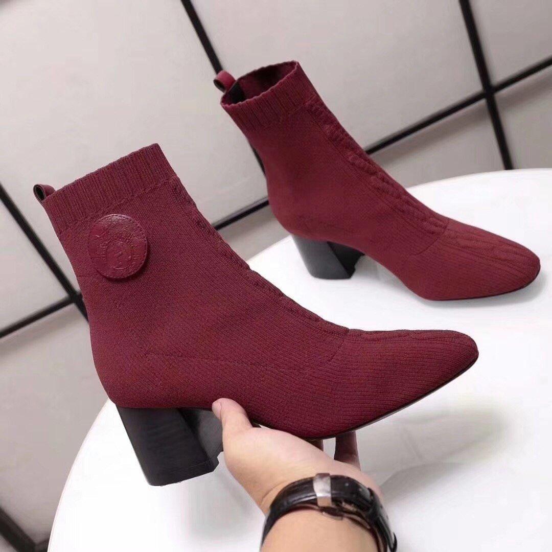 Hermes 爱马仕 早秋新款弹力粗跟袜子靴 短靴(图1)