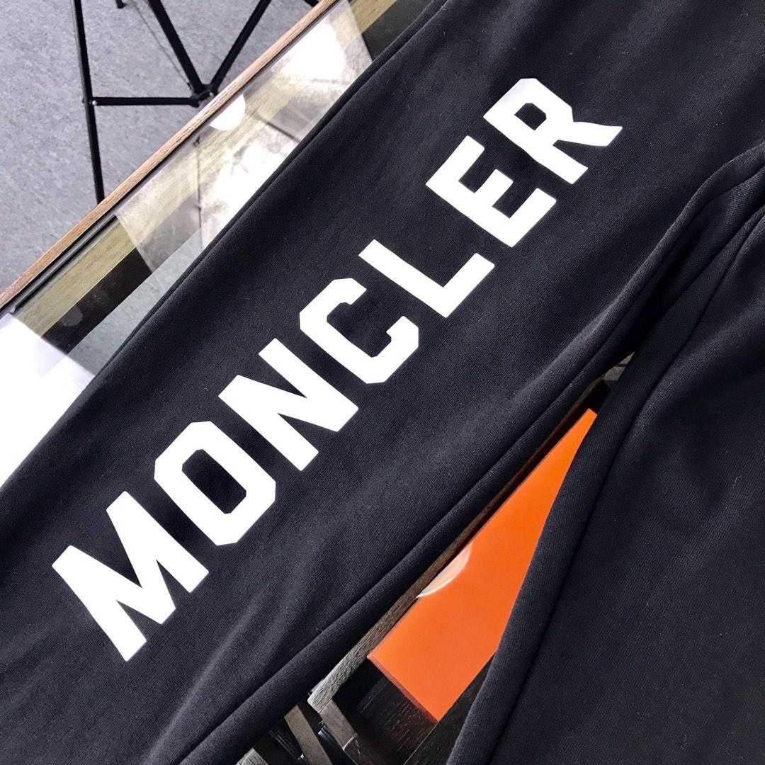 Moncler蒙口版型狠棒!穿上就不