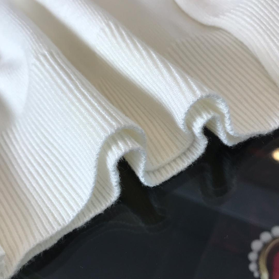 Fendi芬迪专柜首发羊毛衫半高领款
