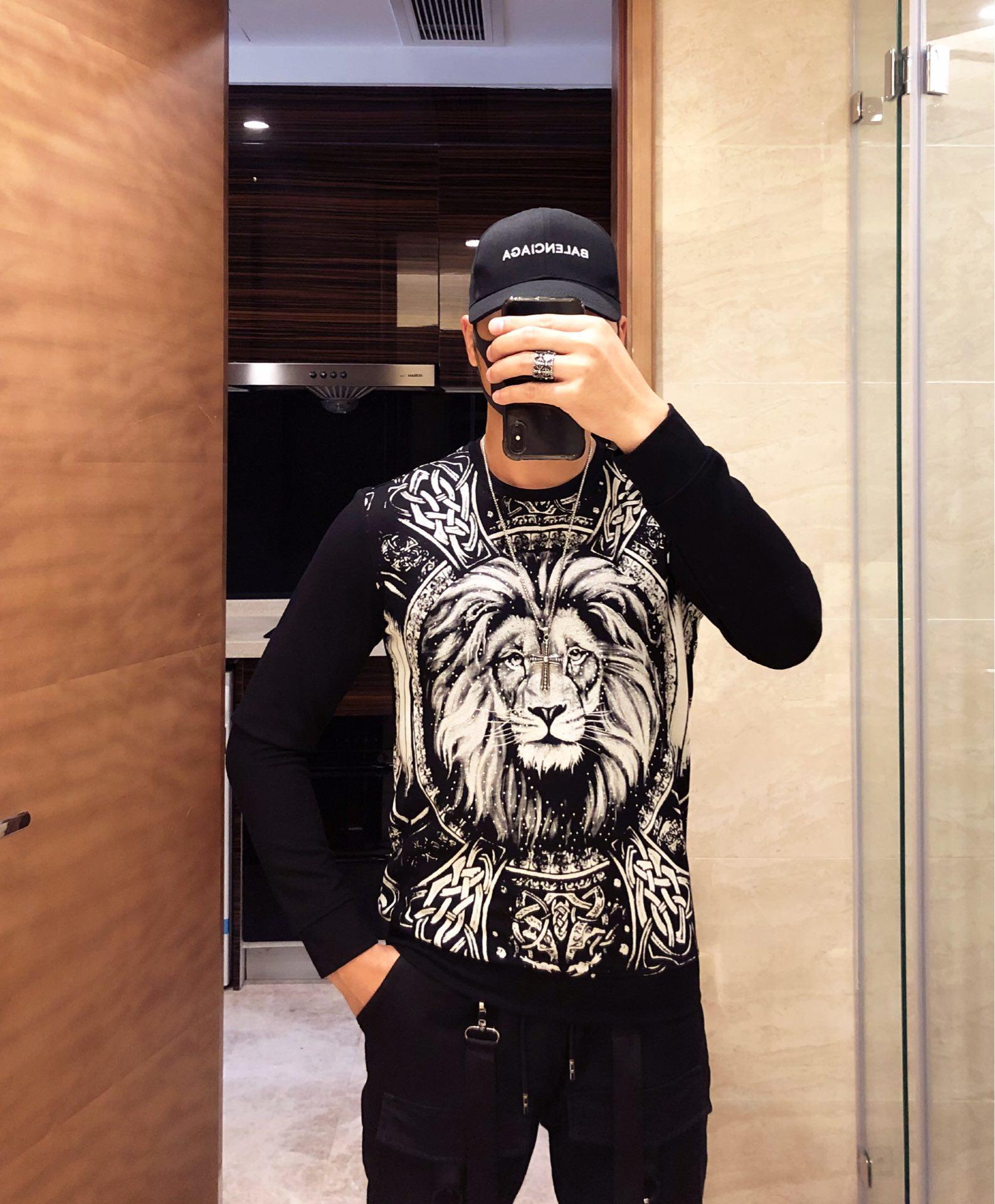 Versace范思哲2019官网同步