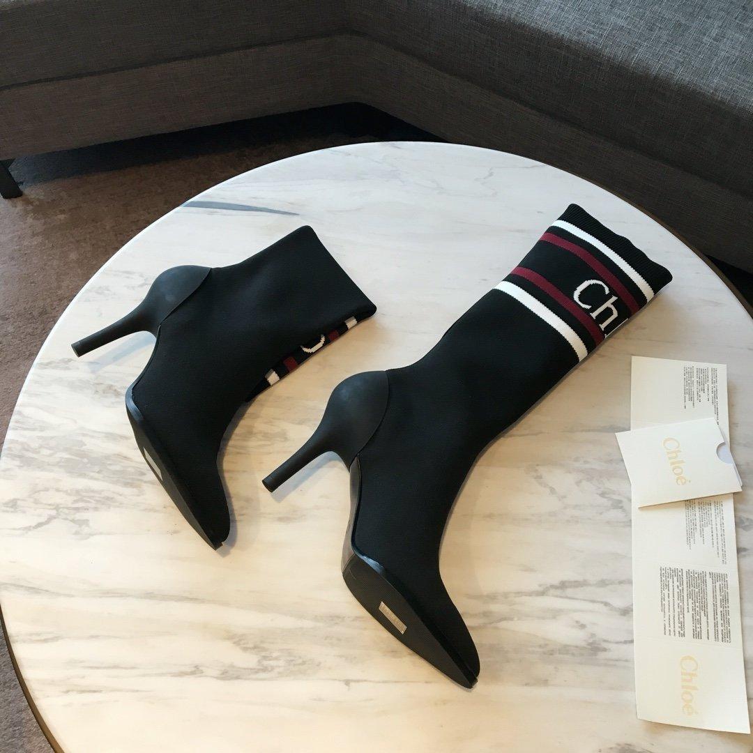Chloe袜靴整体靴型非常独特非常修