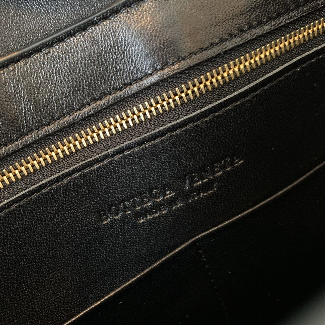 Bottega Veneta宝提嘉/BV 19新款marie手袋斜跨包 (图12)