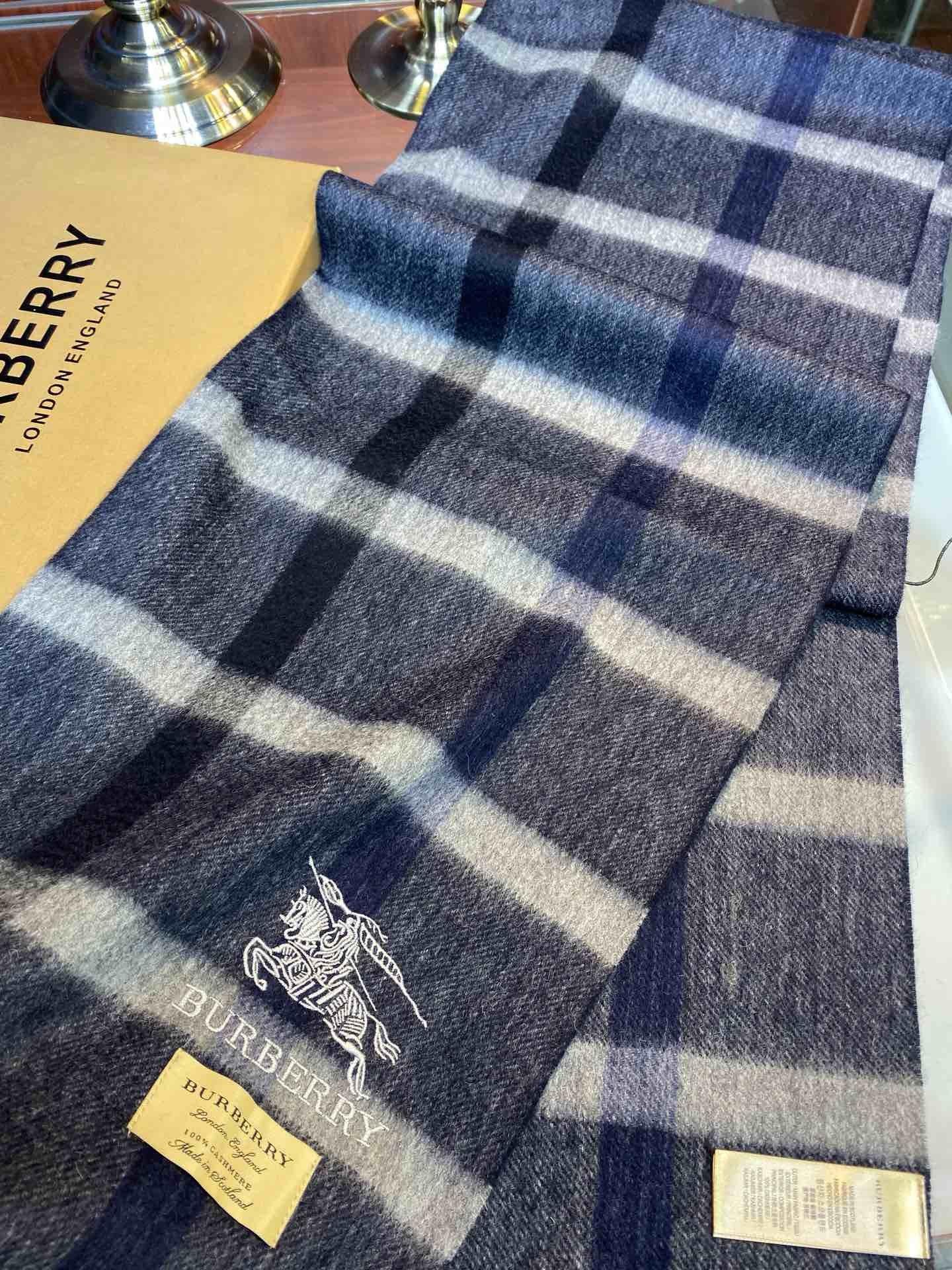 Burberry非常正的男士围巾面料