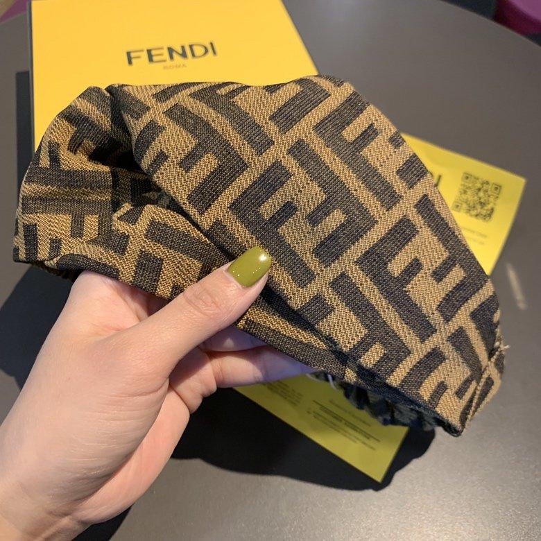 FENDI芬迪2019排单款FD提花