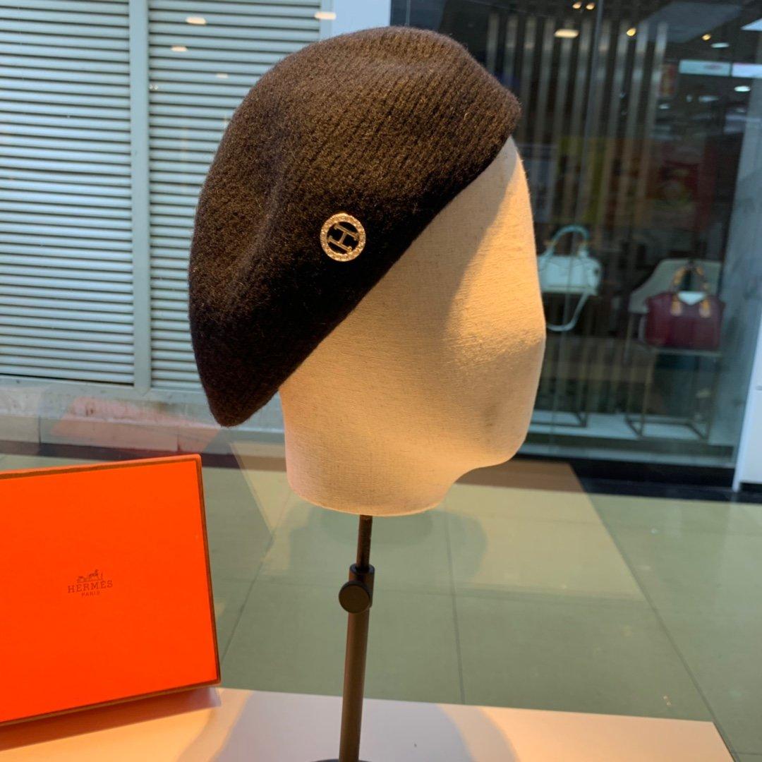 爱马仕HERMES新款羊毛贝雷帽珍珠