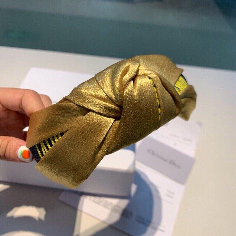 Dior迪奥2019最新元素发箍,搭
