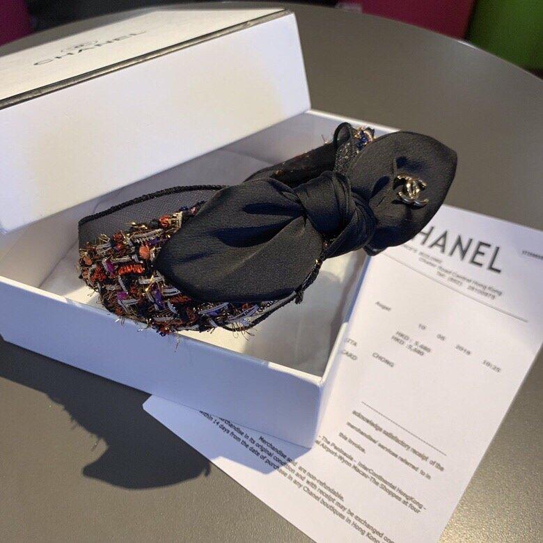 Chanel香奈儿甜美蝴蝶结发箍,搭