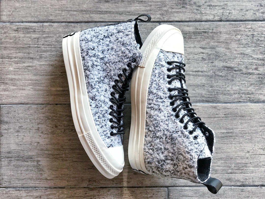 🌈260CONVERSE匡威2019秋冬款Chuck70加绒系列 全身采用羊毛毛绒 黑白点缀的鞋身十分百搭 全鞋不厚重又暖和 温度与颜值并存 实现雪天可以穿匡威的愿望尺码:35-44(36.5 37.5 39.5 41.5 42.5)
