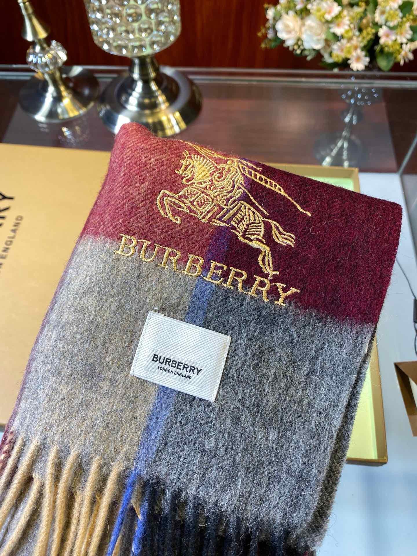 Burberry最新款这才叫真正的家