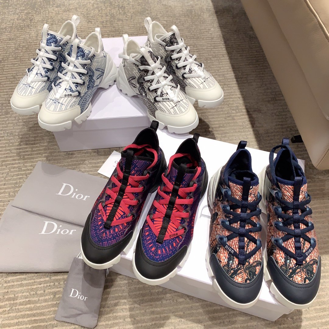 Dior超级火爆老爹鞋明星同款(图1)