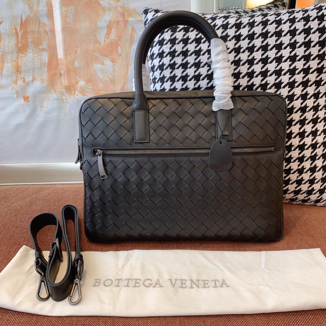 Bottega veneta宝提嘉 19新款经典手提编织公文包(图1)