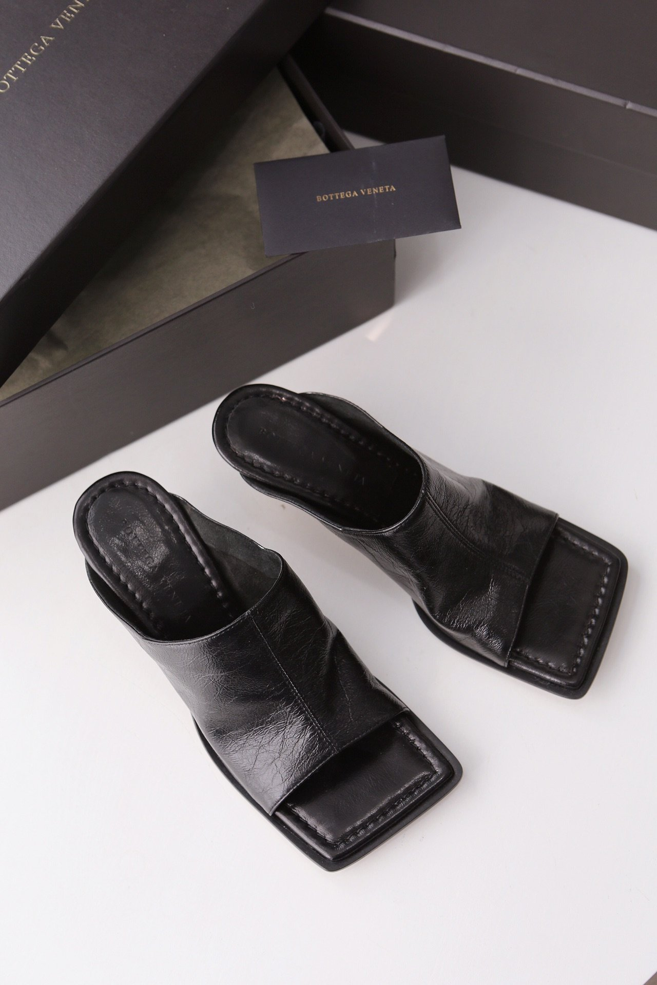 顶级BV 方头高跟半拖 异形跟鞋跟穆勒鞋(图2)