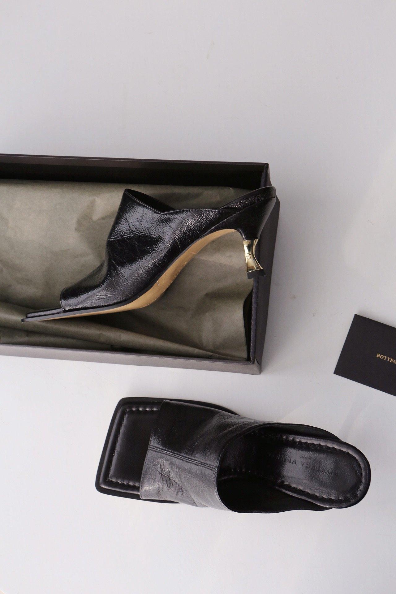 顶级BV 方头高跟半拖 异形跟鞋跟穆勒鞋(图4)