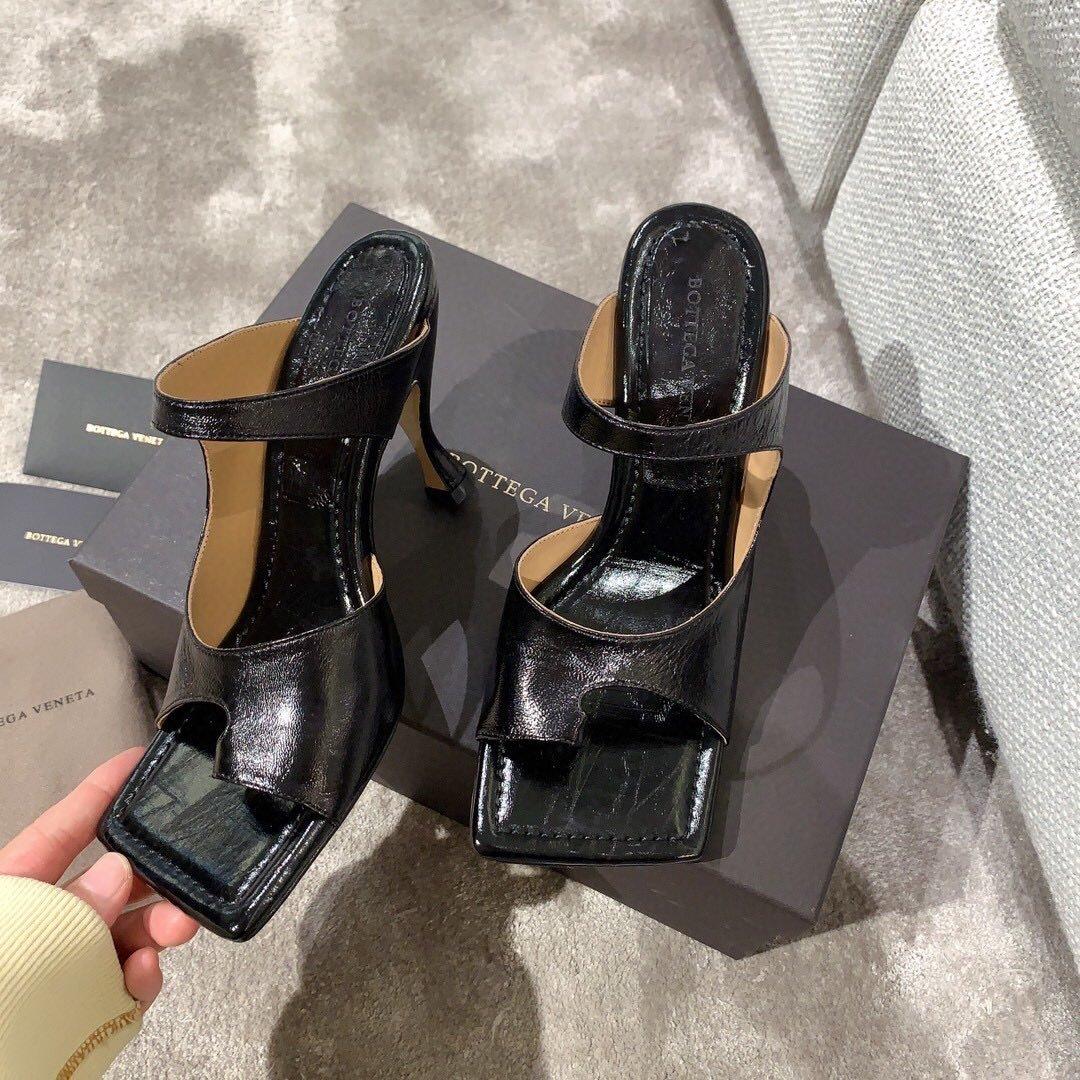 Bottega veneta2020早春新款羊皱漆女鞋(图5)