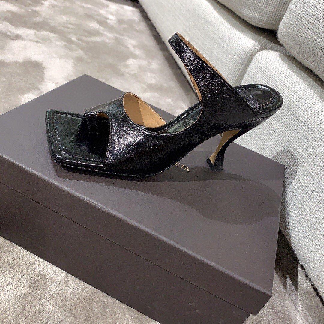 Bottega veneta2020早春新款羊皱漆女鞋(图6)