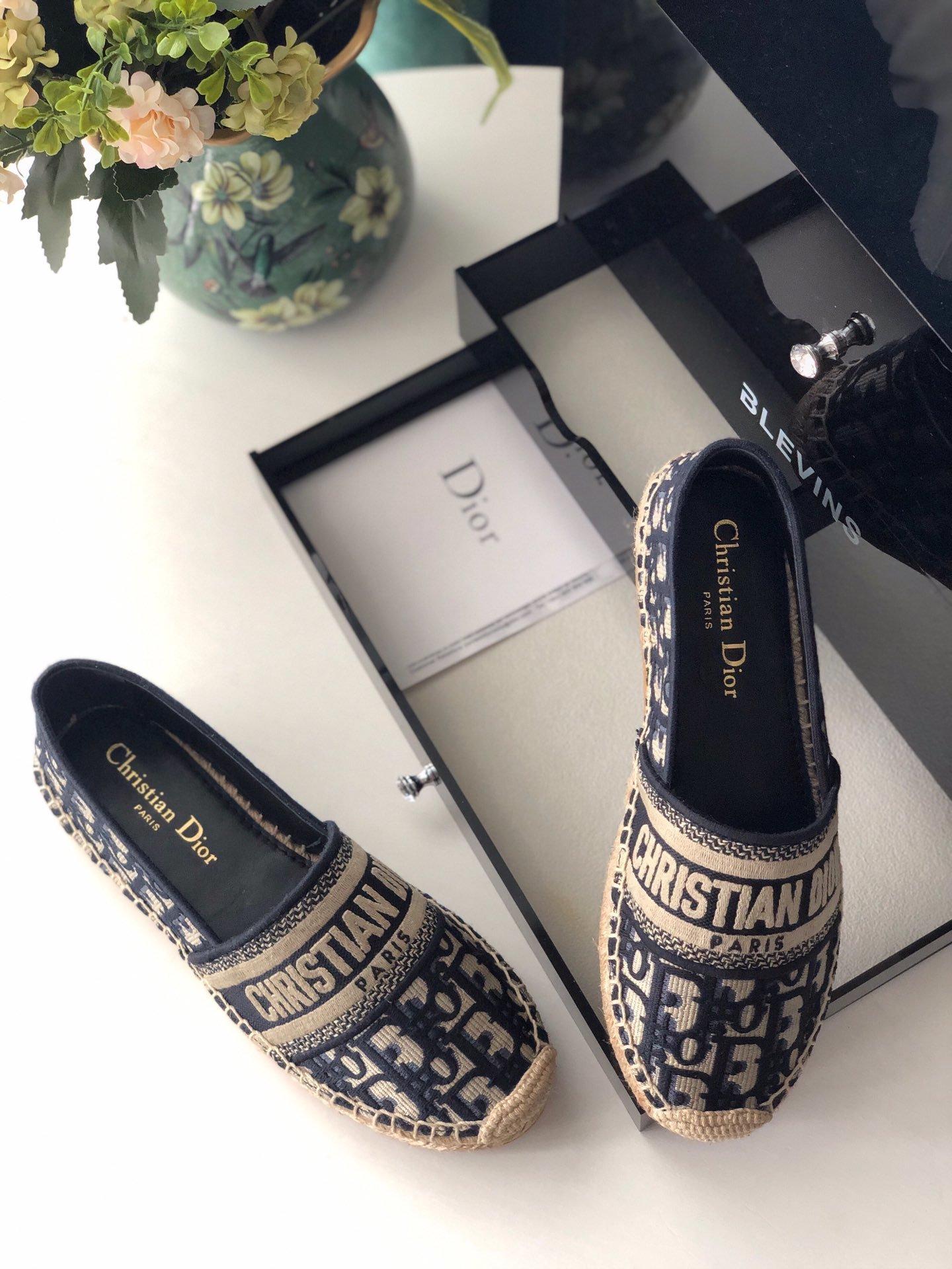 Dior 春夏新款迪奥渔夫鞋 OBLIQUE图案提花刺绣帆布草编渔夫鞋 (图3)