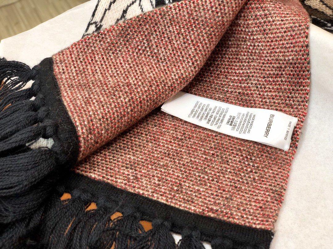 Burberry专属标识条纹羊绒围巾 (图10)