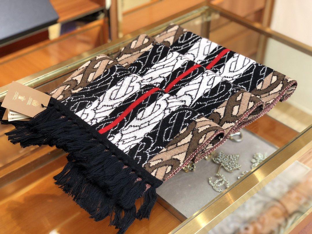 Burberry专属标识条纹羊绒围巾 (图6)