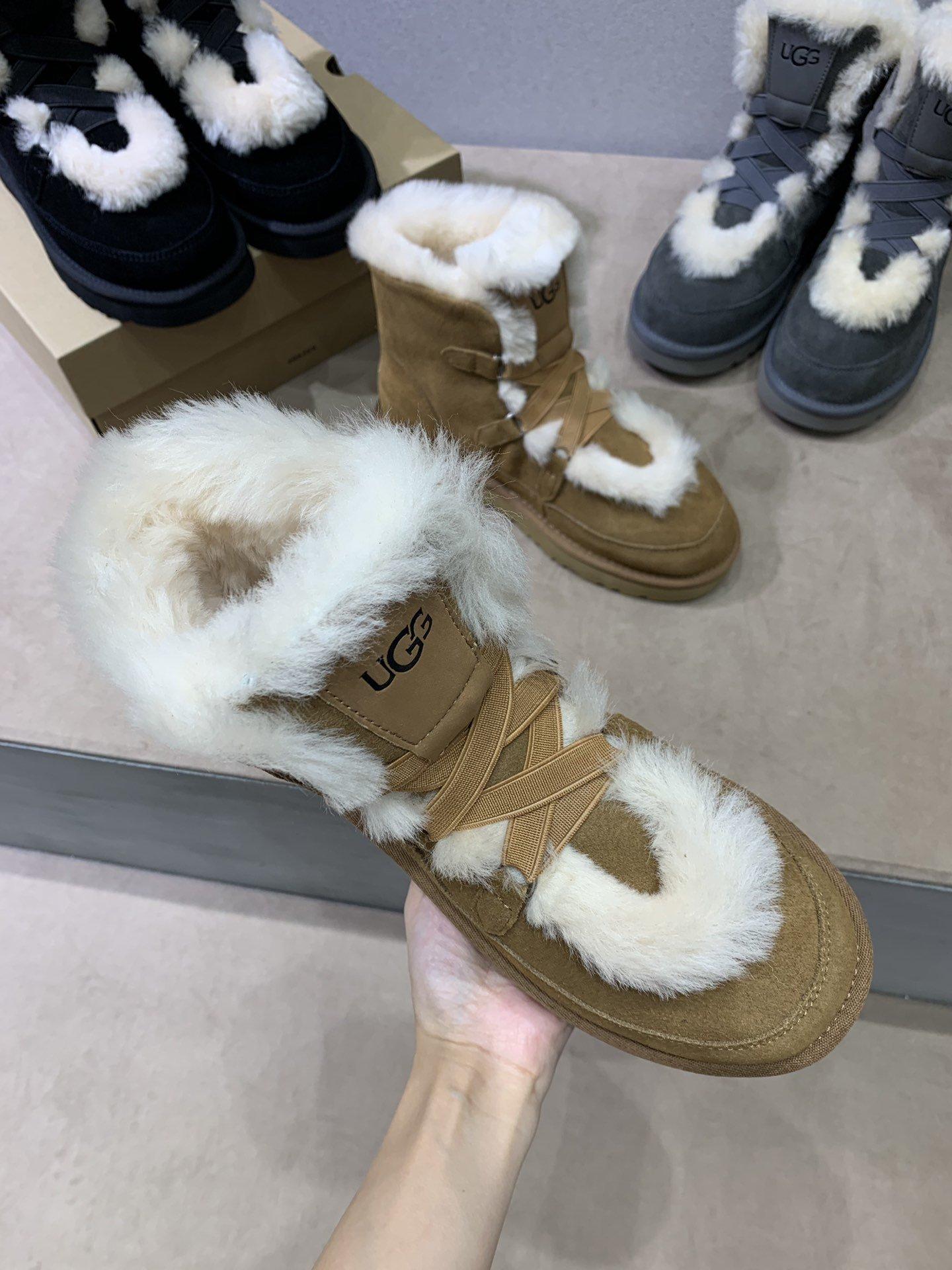 UGG秋冬新款女士休闲雪地靴外翻毛设