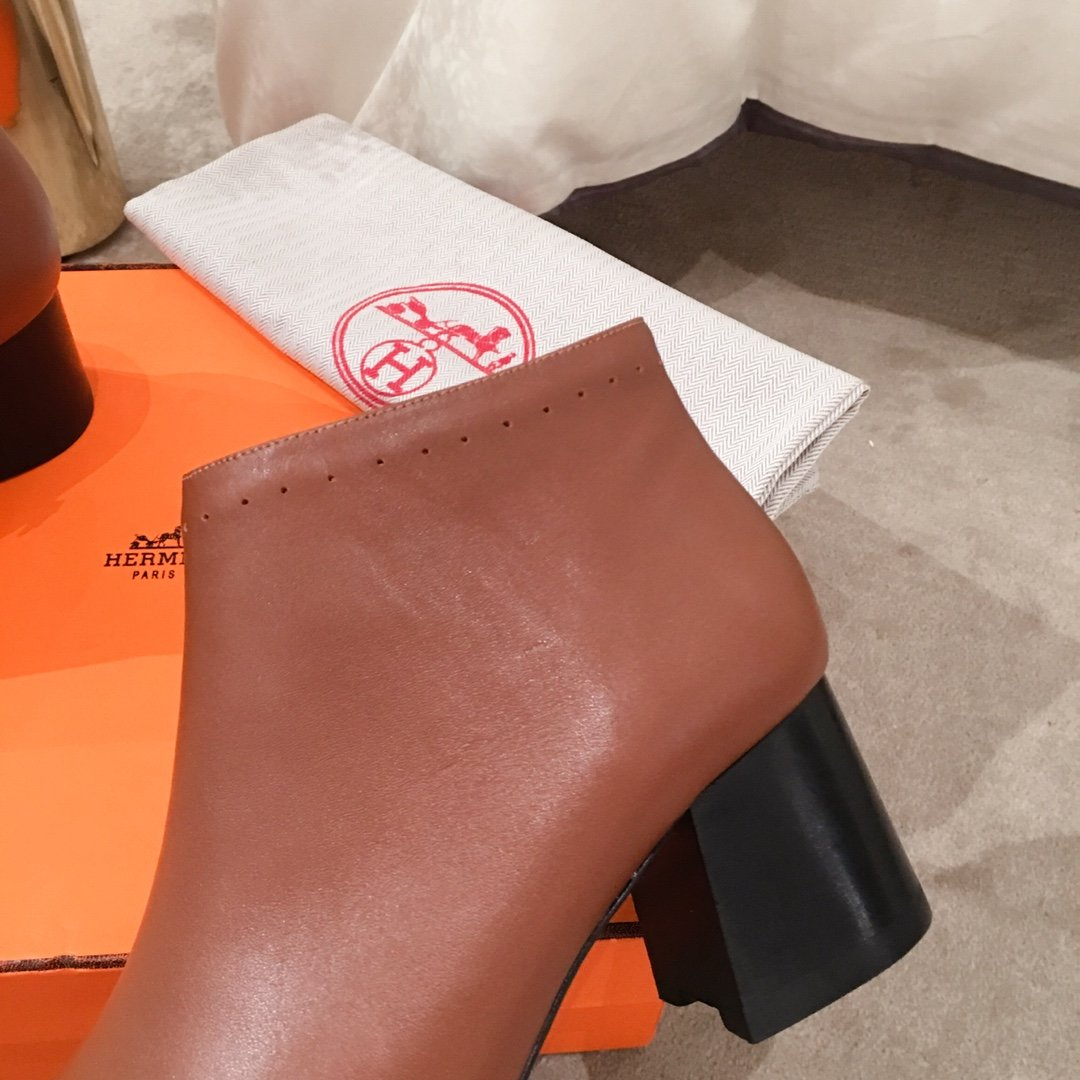 Hermes专柜最新款短靴可做代购货