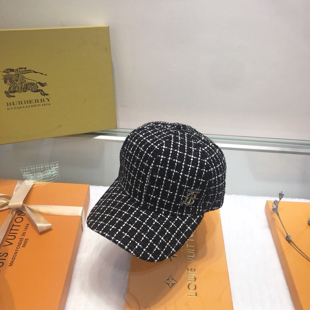 巴宝莉代购品质棒球帽细节精细厚实!材