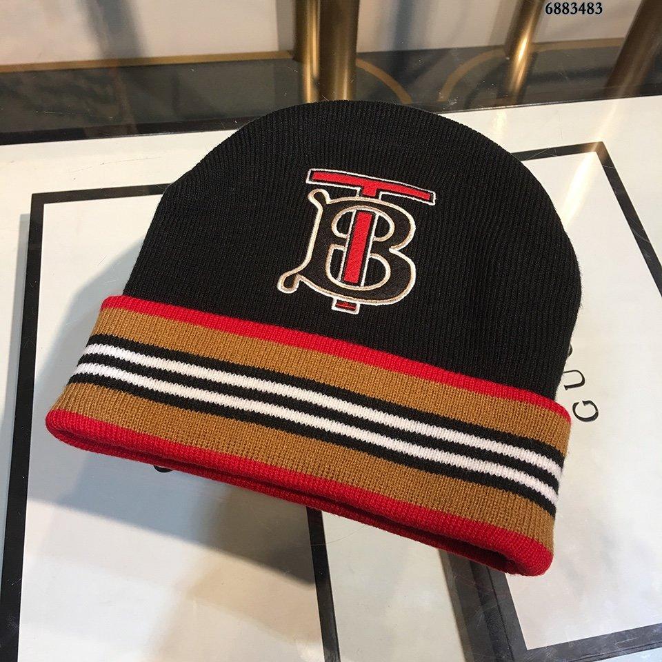 巴宝莉BURBERRY毛线帽简约大气