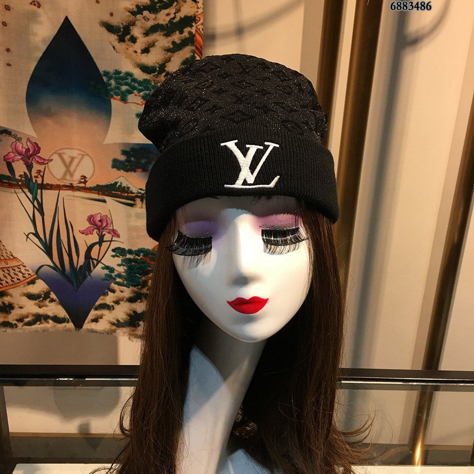 LV毛线帽简约大气日系毛线针织帽俏皮