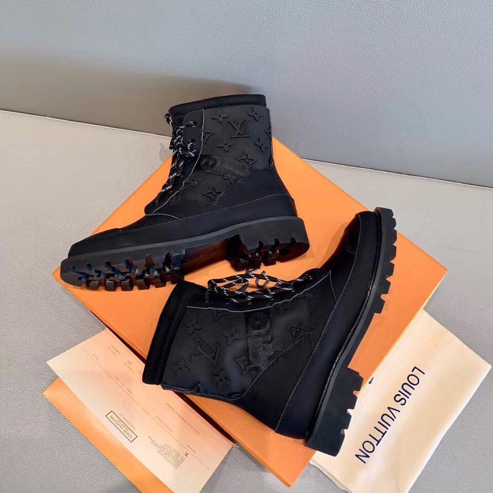 LOUIS VUITTNfrontrow sneaker专柜最新款(图8)
