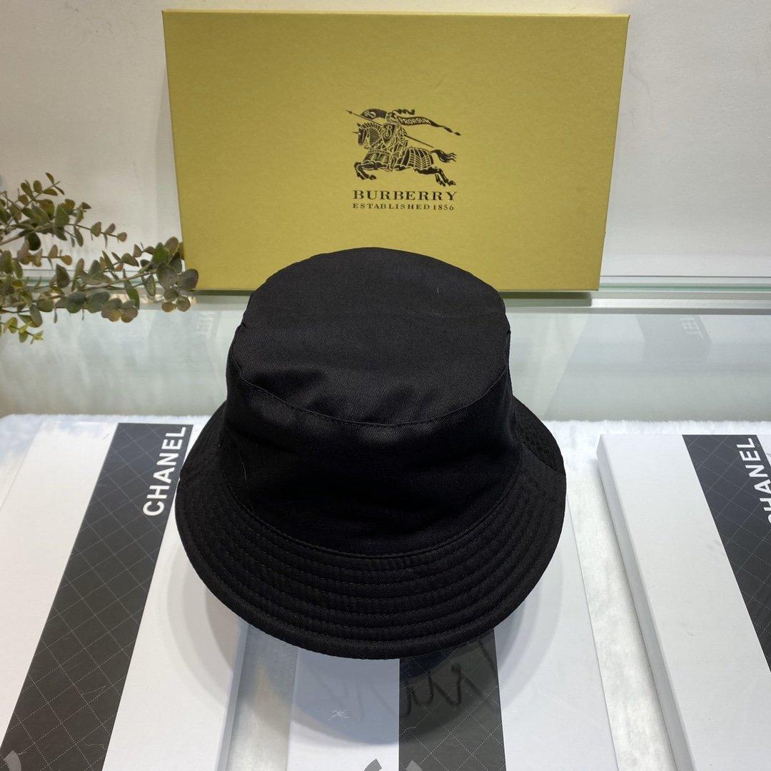巴宝莉2019新款渔夫帽盆帽双面可戴