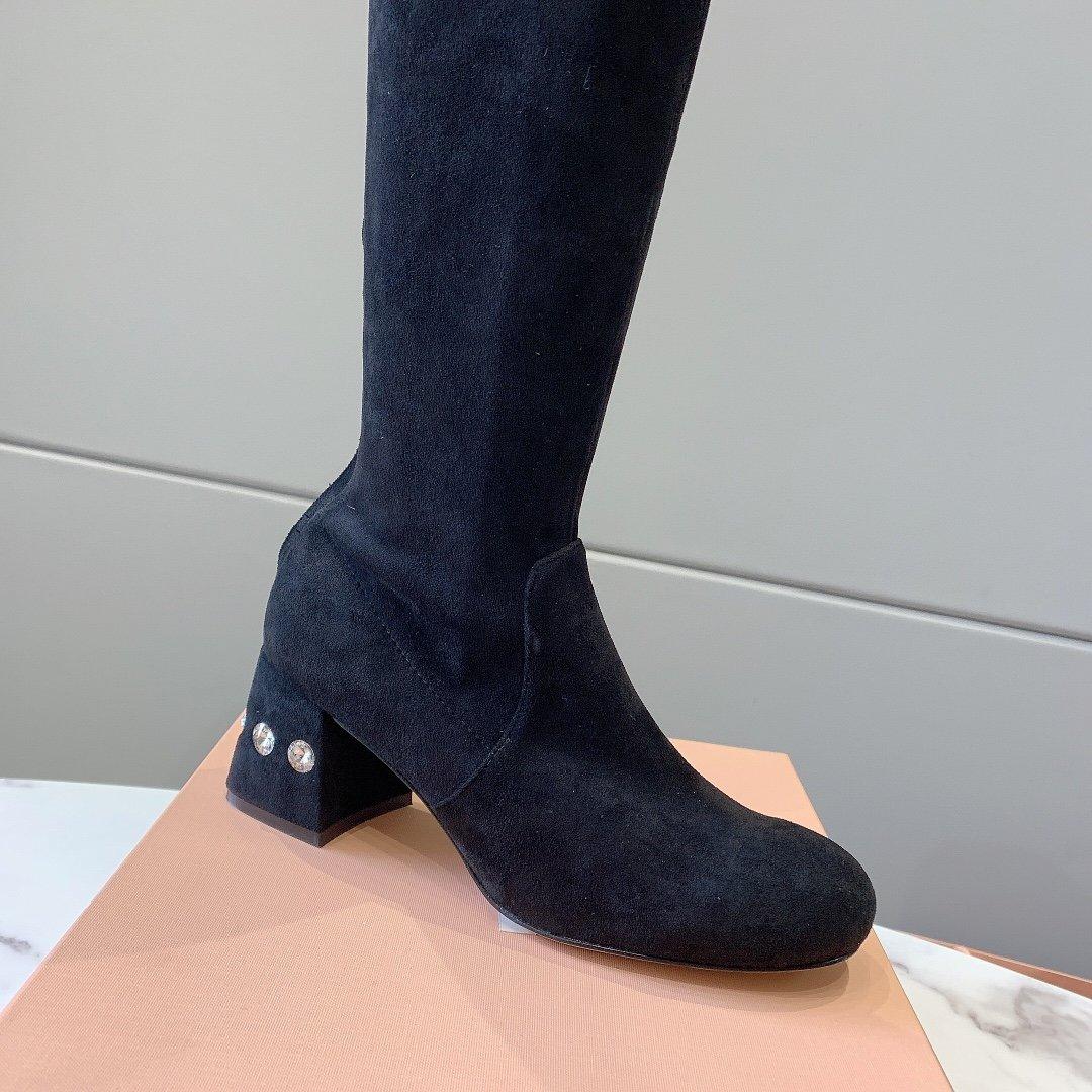 miumiu.新款瘦腿弹力靴杨超越同