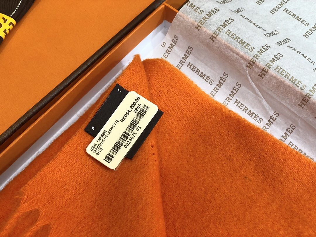 Hermes2019专柜最新款  顶级羊绒长巾(图5)