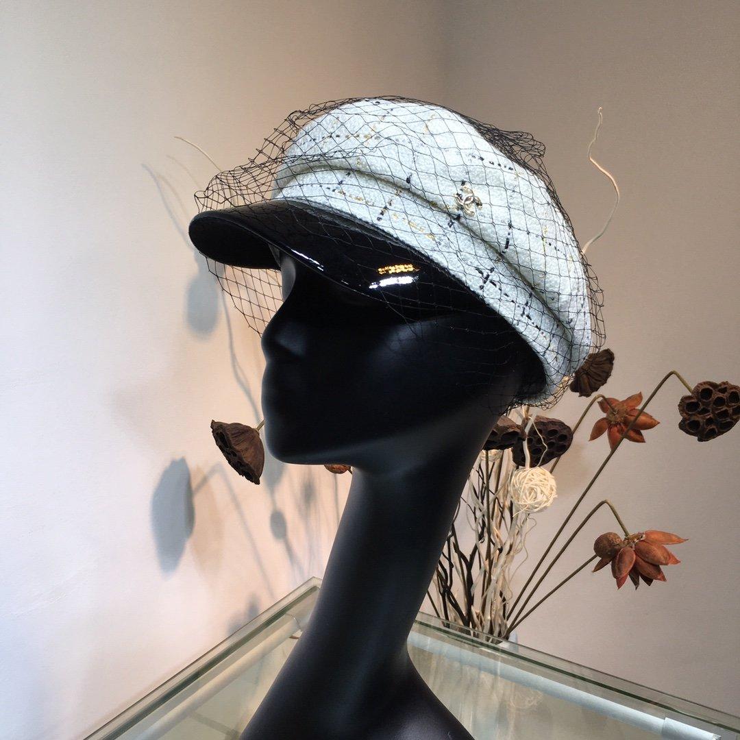 CHANEL香奈儿新款网纱拼接军帽版