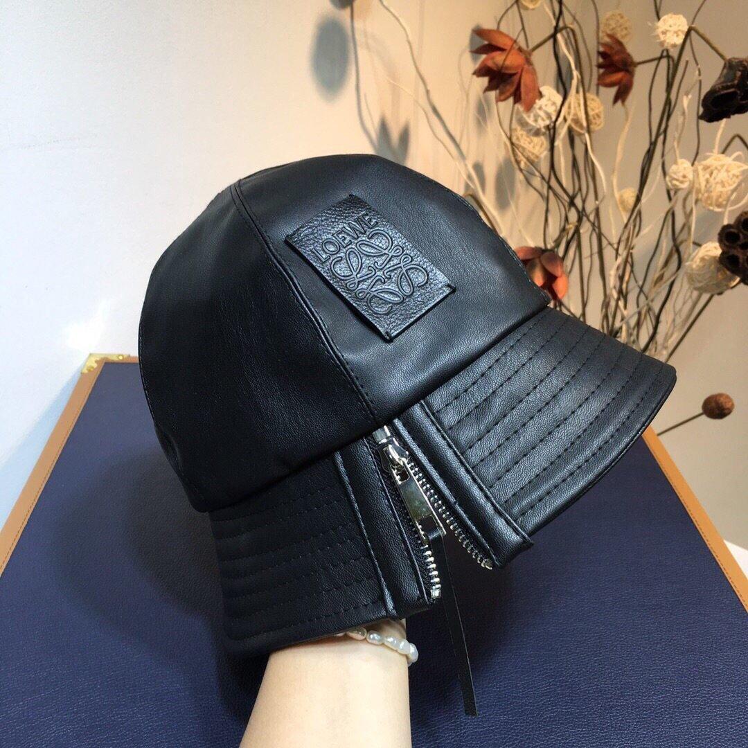 罗意威Loewe官网同步新款拉链羊皮