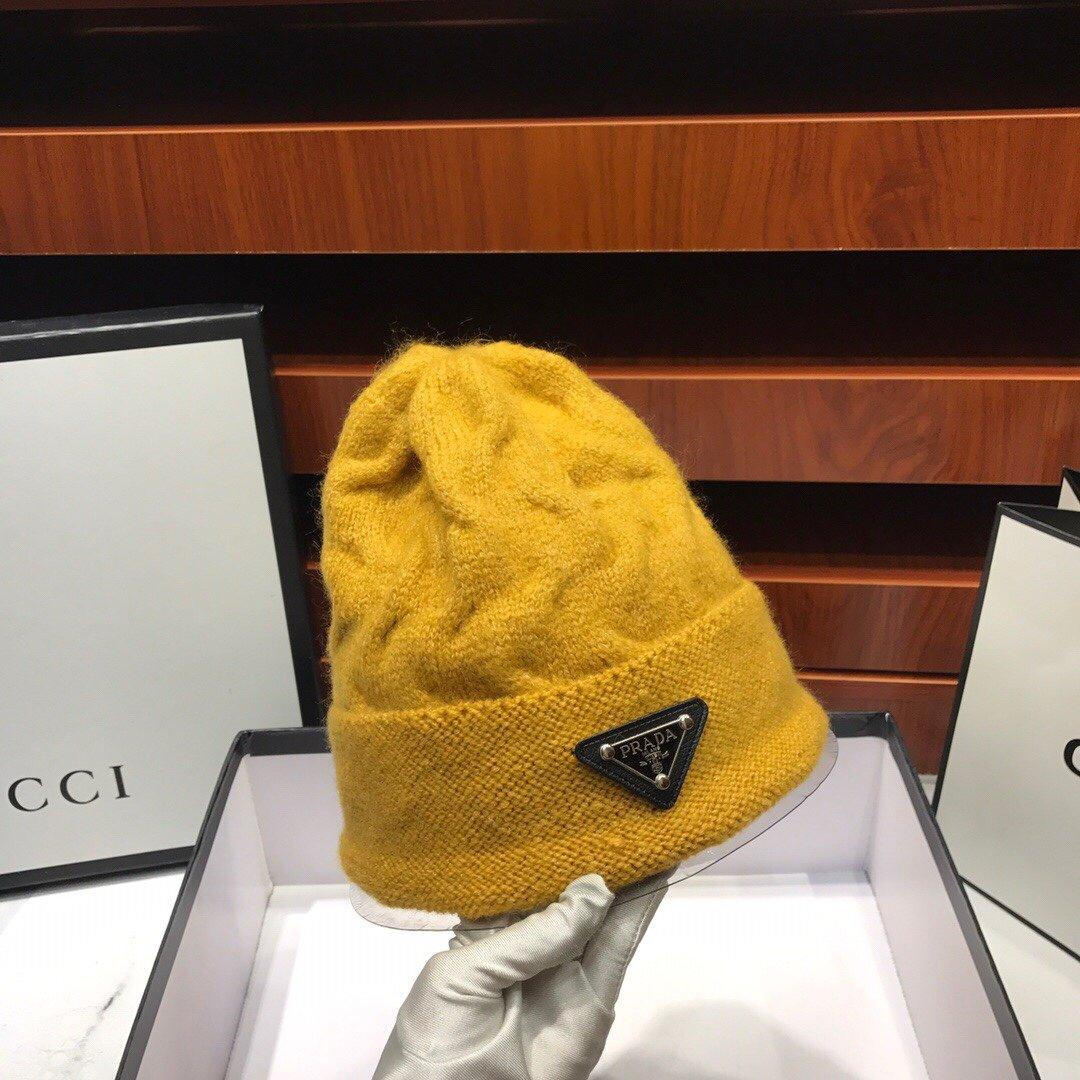 普拉达Prada最新秋冬专柜款针织毛