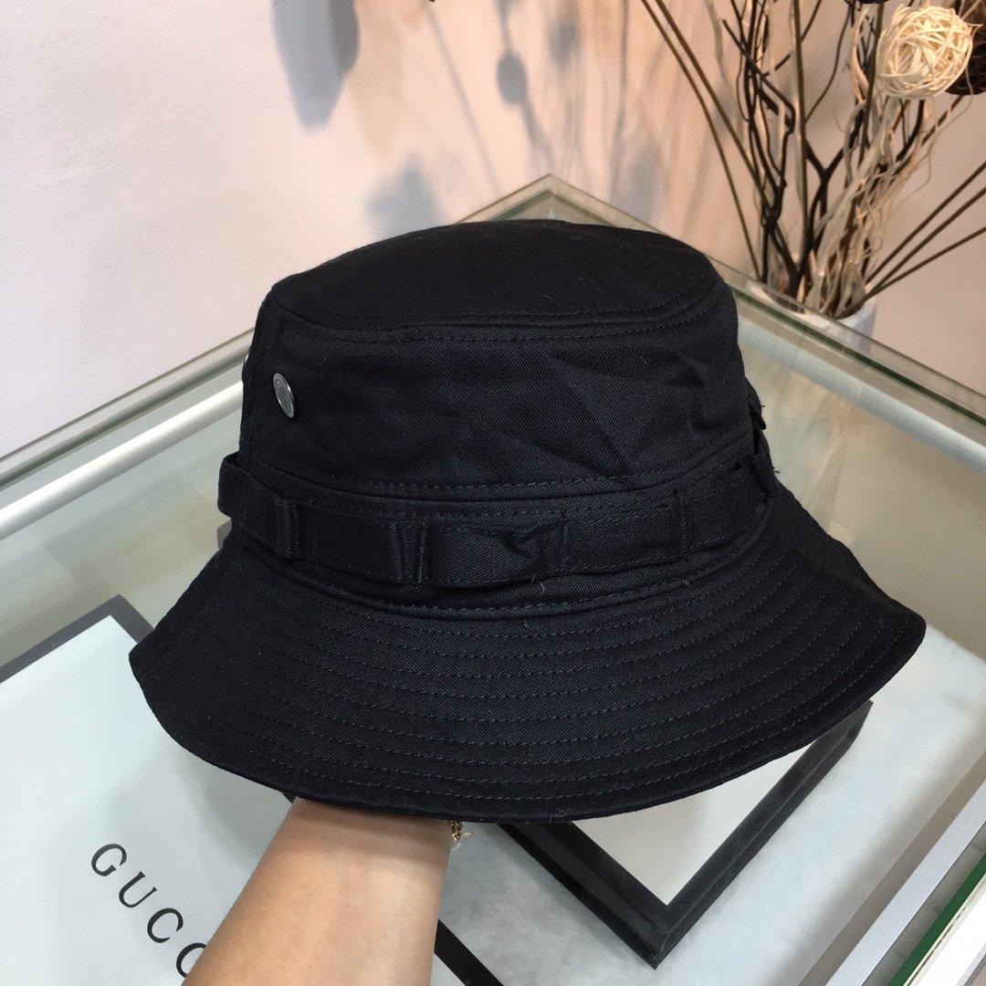 香奈儿CHANEL小香渔夫帽简洁大方