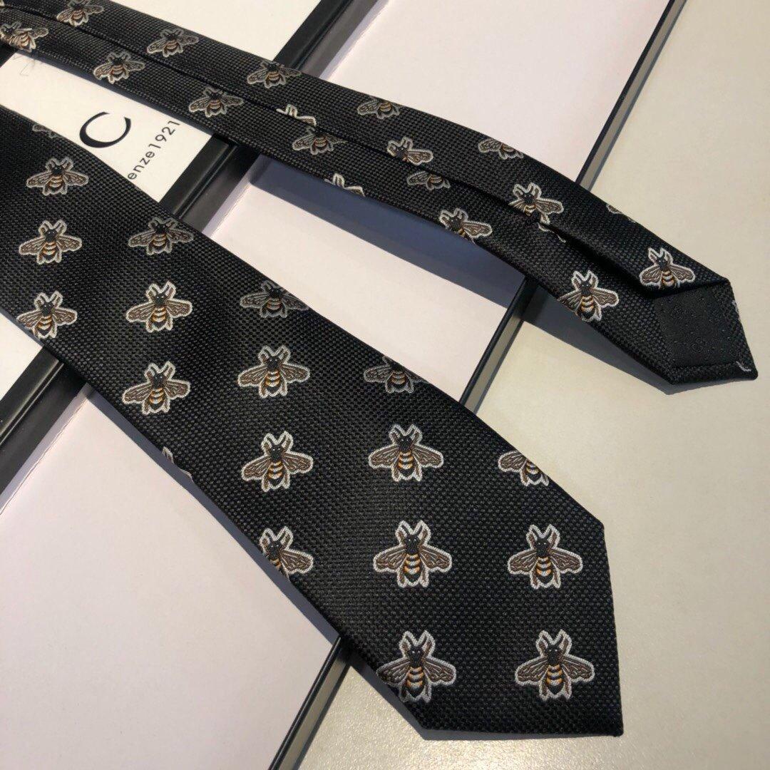 配包装上新古奇家2019男士蜜蜂领带