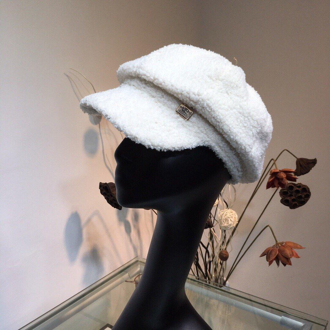 古奇GUCCI羊羔绒八角帽秋冬保暖必