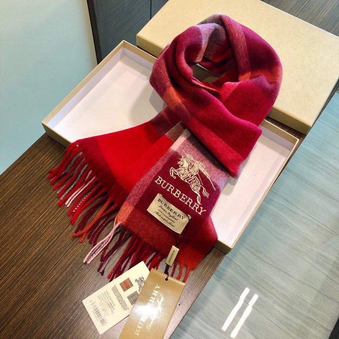 巴宝利2019年最新男女士围巾大方简