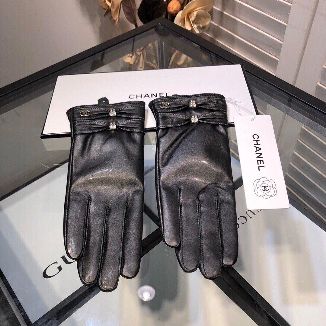 新款独家首发触屏手套Chanel香奈